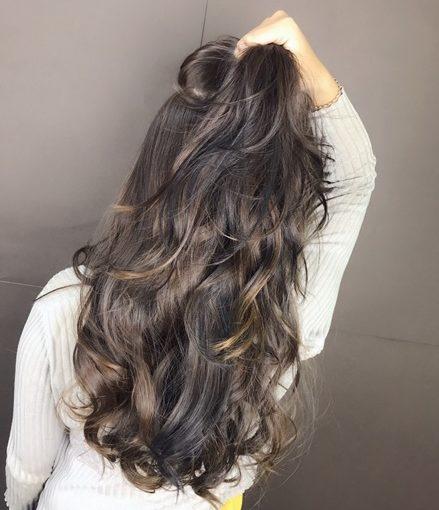 【高雄燙髮】在新崛江的髮廊推薦美髮設計師分享|染、燙、護髮過程介紹大公開,價格比我預期的還划算耶!隱藏版新崛江質感髮廊!