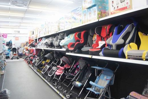 【高雄嬰兒用品專賣店】高雄哪間嬰婦用品專賣批發店較好?推薦這家商品多價格便宜的嬰兒用品店~介紹親子生活館可買汽車安全座椅專賣店