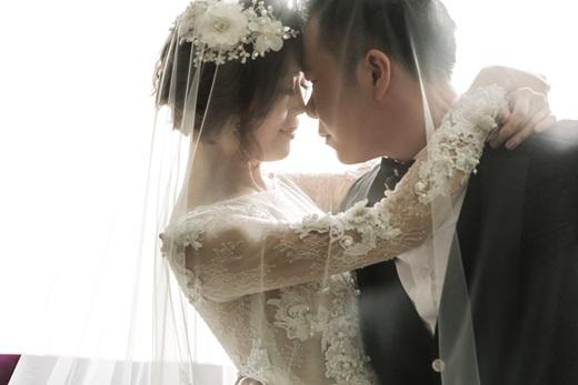 【台灣高雄婚紗公司】高雄婚紗攝影公司很多人推薦~手工訂製禮服出租的質感非常好,價格也很公道唷!