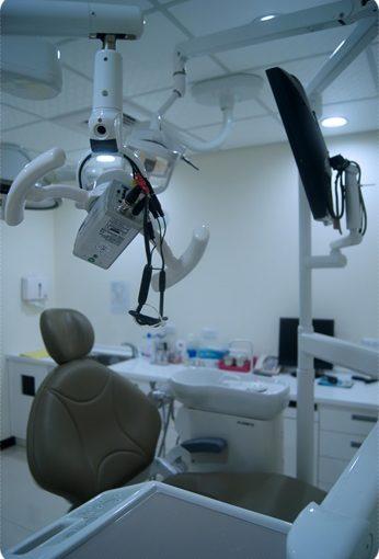 【高雄牙科推薦】比較高雄牙科診所牙醫植牙技術推薦~看了評論分享牙醫資訊,完整的諮詢和說明是我決定進行植牙的關鍵。