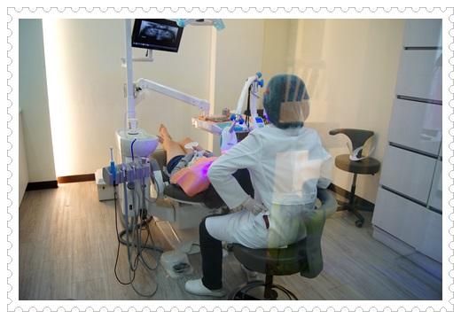 【牙齒冷光美白分享】高雄牙醫診所的冷光牙齒美白很多人推薦!不只評論好價格也很公道唷~