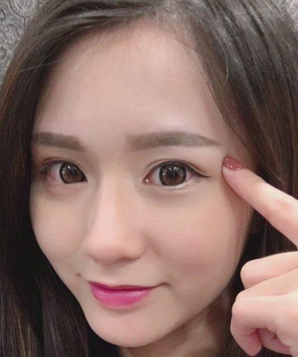 【飄眉台中】台中有飄眉教學的樂比紋繡店好專業!比逢甲的韓式飄眉及隱形眼線還厲害,朋友在一中繡唇的成果也超正阿!
