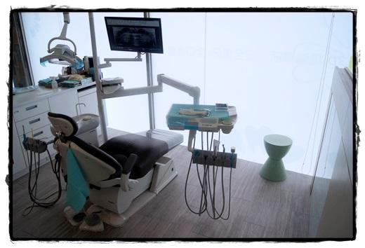【高雄】分享到高雄牙科診所看牙醫,是牙醫診所比較名單中最推薦的,醫師好溫柔也幫我的牙齒處理的好乾淨~~水啦!