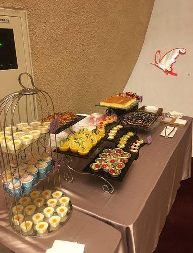 【台中外燴自助餐】沒想到不僅是台中外燴餐廳裡面評價最高,就連彼得潘記者會也指定要這間的buffet服務,參與其他歐式雞尾酒的場合,都沒有這麼大陣仗!