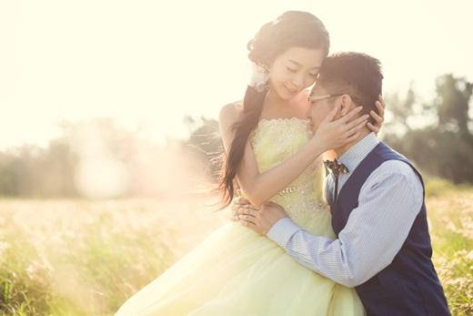 【彰化婚紗推薦】婚紗店拍攝出來的照片都讓木訥的閃光忍不住分享給同事◎這間婚紗設計公司是比我們看過的其他攝影工作室來說,更能達到我們的需求~