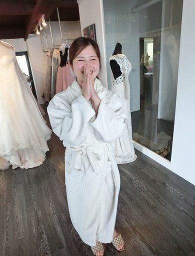 【台南自助婚紗】出租價格及評價都覺得好滿意~~台南婚紗、伴娘服租借推薦分享|白紗、晚禮服都好有質感!!