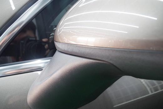 【台南汽車鍍膜】台南汽車鍍膜及美容保養評論網上,有許多車主對車體鍍膜的技術都很推薦,分享我的日本類玻璃鍍膜效果~