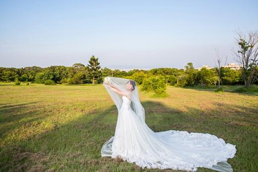 【婚紗推薦】網路超多人推薦的台南婚紗店~是評價很高的婚紗禮服出租攝影公司,不僅價格很滿意,婚紗照更讓我們喜歡!