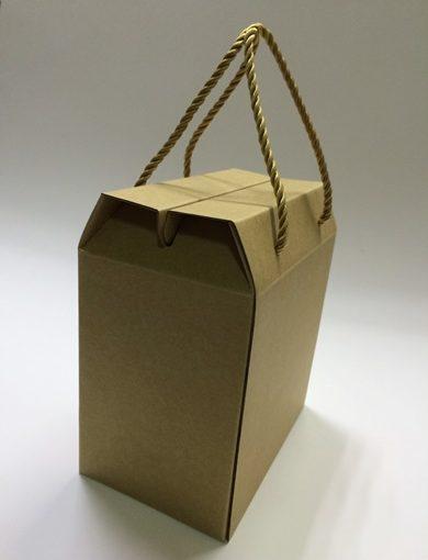 【台南包裝設計】台南紙盒包裝工廠相當專業,請他們客製化的牛皮紙盒雖然外觀很樸素,但是質感真的很好耶!報價也很清晰不模糊!