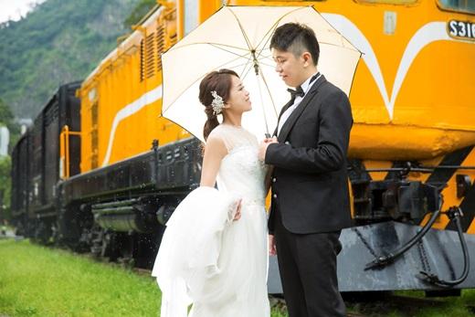 【台南婚紗】推薦婚紗公司比較分享○台南婚紗店網友極力,不管是婚紗攝影還是服務都相當有品質!