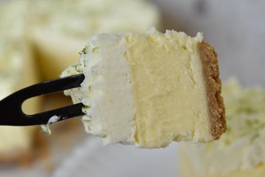 【網購起司蛋糕推薦】南投要帶什麼伴手禮回去給親朋好友有什麼推薦的呢?當然是好吃的起司蛋糕!現在網路評價超熱銷,其他家都無法比較的一款乳酪蛋糕!