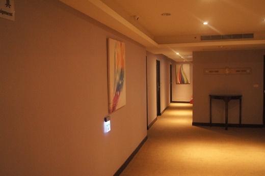 【台南商旅推薦】台南商務旅館住宿經驗分享,是網路上推薦台南住宿評價還不錯的飯店,價格也相當便宜~ CP值不錯喔!