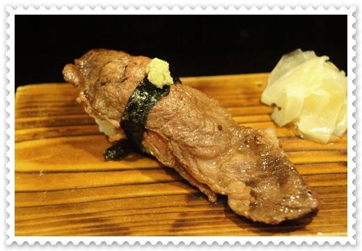 【燒烤店台南】連服務也是道地的日本味的台南居酒屋~不僅料理好吃,價錢更實惠~超滿意的日式料理美食餐廳~超多人推薦評論的呢!!