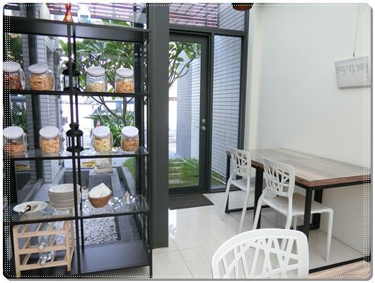 【台南商旅】住宿到台南很有品質的商旅~謝謝朋友推薦給我,價格還相當便宜,分享的房型還超正點的!