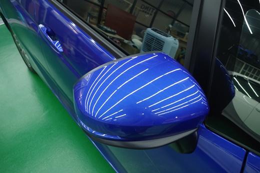 【台北汽車鍍膜推薦】台北這家汽車鍍膜評價很優質,經過技師對玻璃鍍膜的介紹和比較,我更了解汽車美容的行情~~還是要親自詢問才不會踩到雷喔!