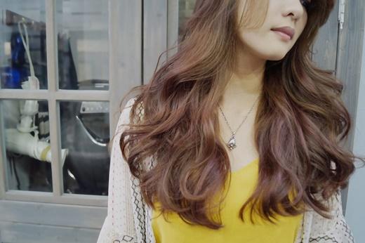 【高雄】新崛江髮廊推薦◎ptt上也很多人大推的美髮沙龍-崛江商圈優質髮廊開發心得※燙染髮技術網路上有很多人分享~覺得這次的染髮消費蠻優惠的!