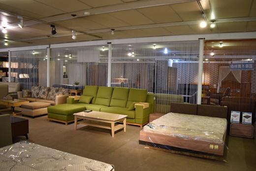 【台北傢俱】我媽不買新北傢俱工廠的NG品◎看過萬華那邊的獨立筒床墊推薦後,還是回來新北市這家店參觀天然乳膠床墊|床墊品牌有哪些?這個床墊品牌最推薦