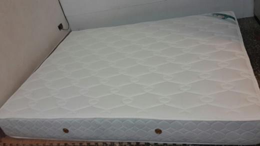 【高雄床墊推薦】比傢俱工廠還優質的彈簧床,PTT討論度高◆在有限的預算買到適合自己的獨立筒床墊~還有完整的床墊售後服務唷